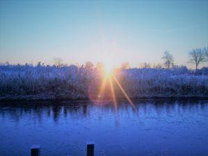 Wintertijd, een aanrader om een dip in het water te nemen voorafgaande de yogales